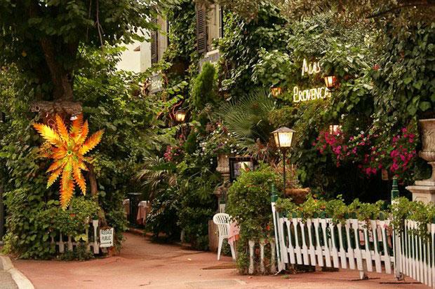 цветочный ресторан Mas Proven?al_9