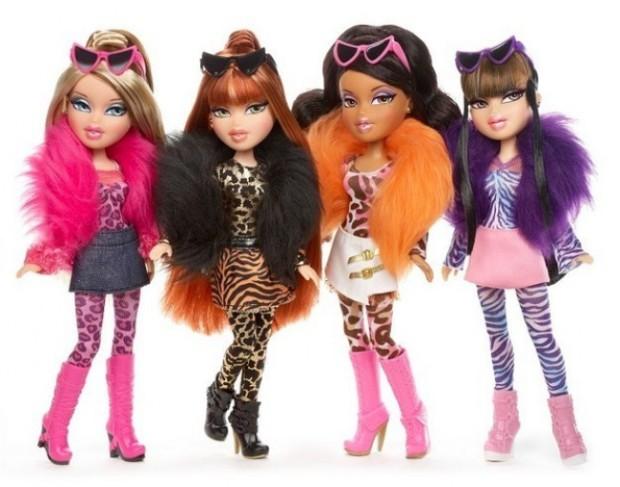 Кукла Барби с макияжем и без него-4