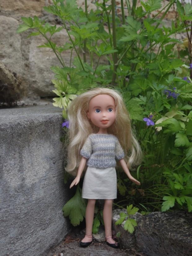 Кукла Барби с макияжем и без него-8