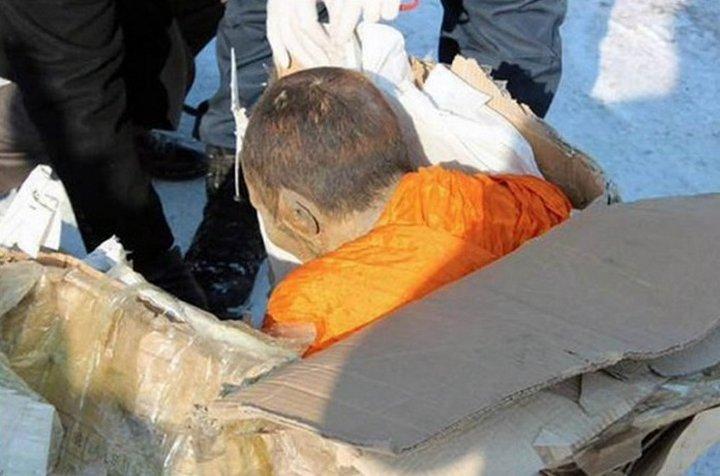 200-летняя мумия тибетского монаха-3