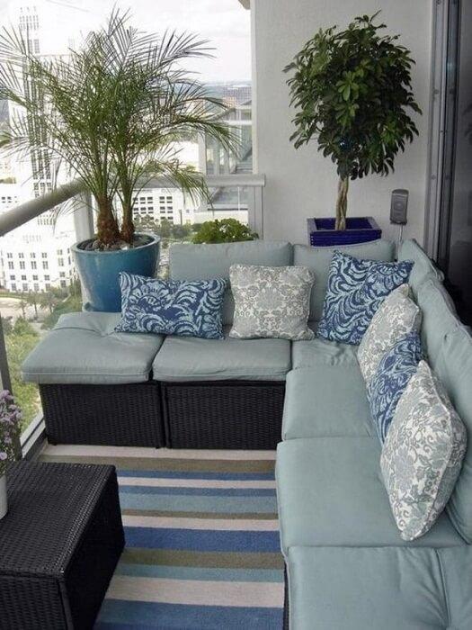 uyutnyiy-dizayn-balkona-4