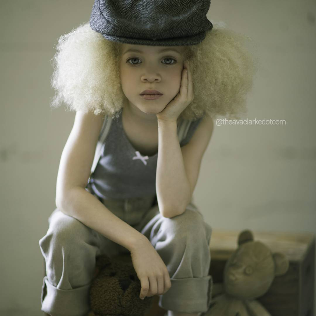 model-albinos-ava-clarke-7