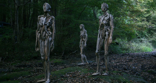 Скульптуры из коряг от Nagato Iwasaki