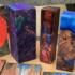 Разукрашенные куски дерева, имитирующие огонь и минералы, от Deranged Donkey